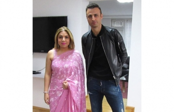 Mr. Dimitar Berbatov, Bulgaria's superstar footballer, former captain of the Bulgarian national team and Manchester United player, who will now be playing for the Kerala Blasters met Ambassador Pooja Kapur in the Embassy of India Sofia on 26 September 2017