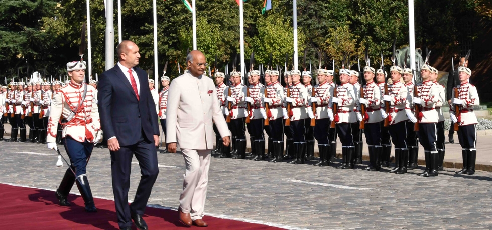 Honourable President of India H.E. Mr. Ram Nath Kovind receiving Guard of Honour with President of Bulgaria H.E. Rumen Radev during his  visit to Bulgaria