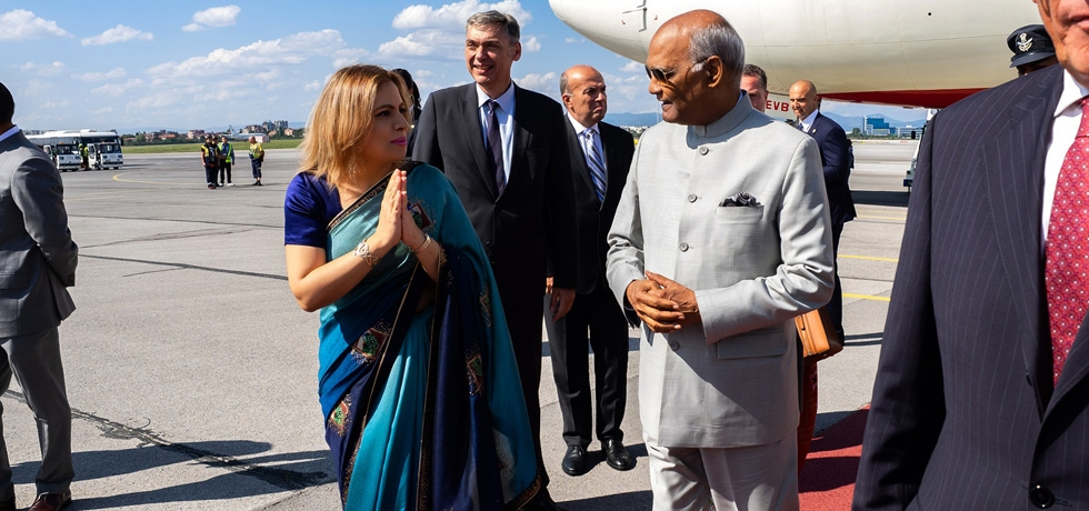 Ambassador Pooja Kapur receiving Honourable President of India H.E. Mr. Ram Nath Kovind at Sofia Airport  during his visit to Bulgaria