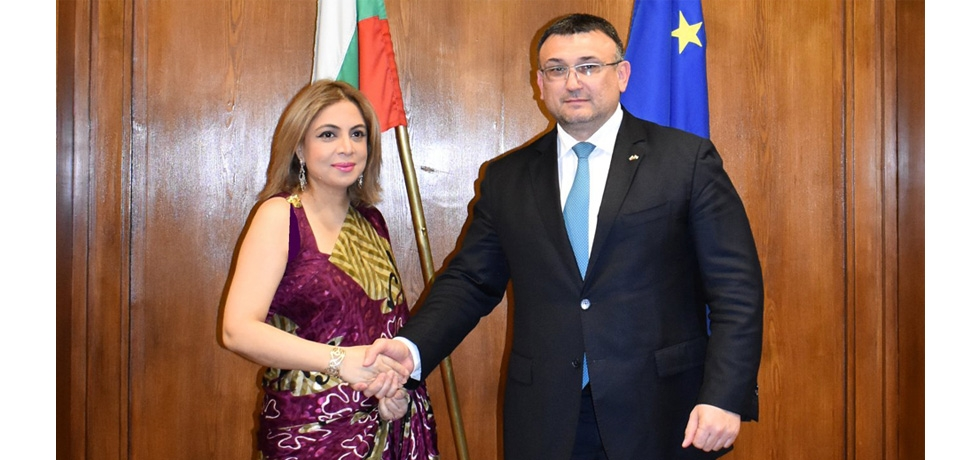 Ambassador Pooja Kapur had a very productive meeting with H.E. Mr. Mladen Marinov, Minister of Interior of Bulgaria on 15 May 2019, wherein they discussed various aspects of security cooperation between India and Bulgaria and agreed on exploring its further enhancement.